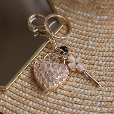 Breloczek-serce różowe kryształki GOLD