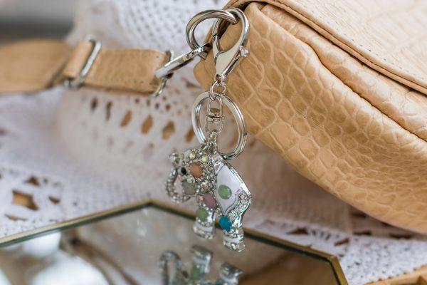 Breloczek-słoń z kryształkami